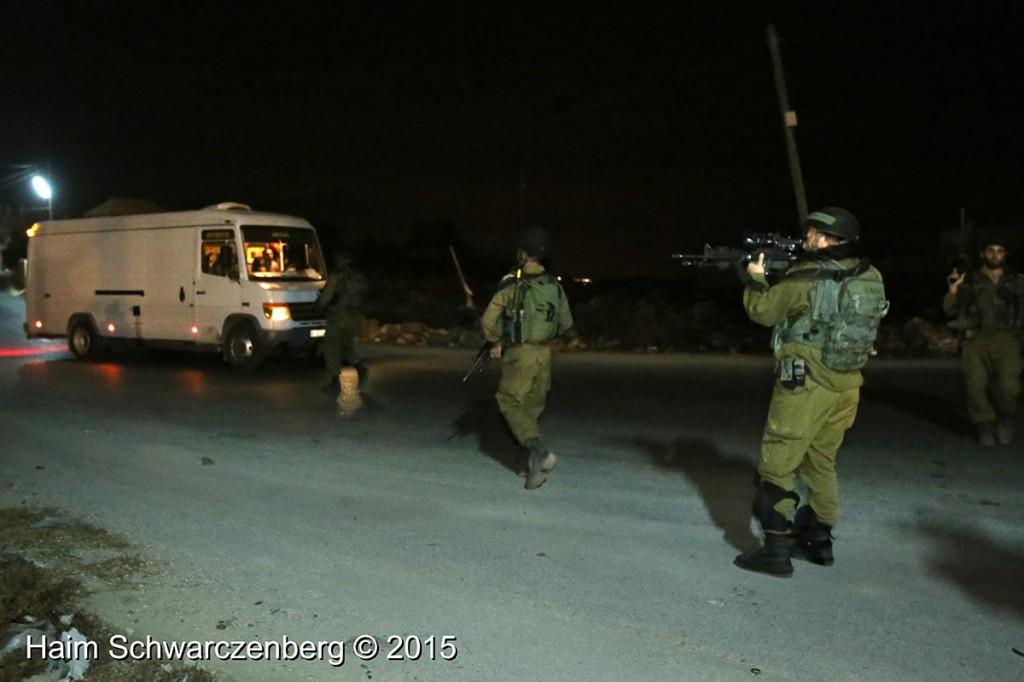 Firing live ammunition on Palestinian demonstrators 04/10/2015 | IMG_6446