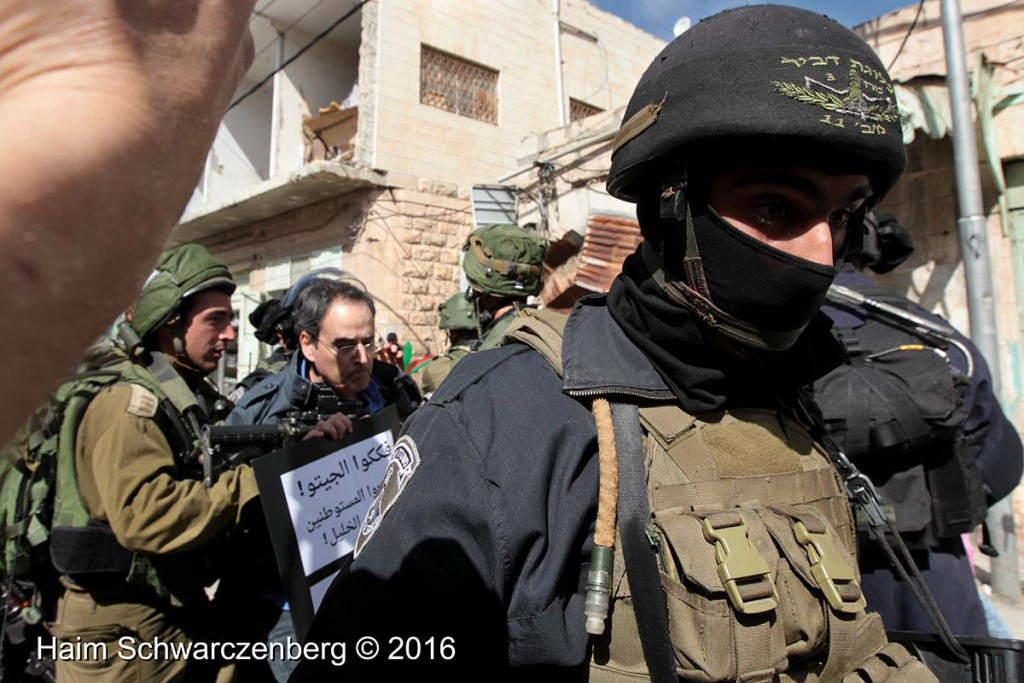 Protest in Hebron: Dismantle the Ghetto! Settlers leave Hebron! 20/02/2016 | IMG_2086