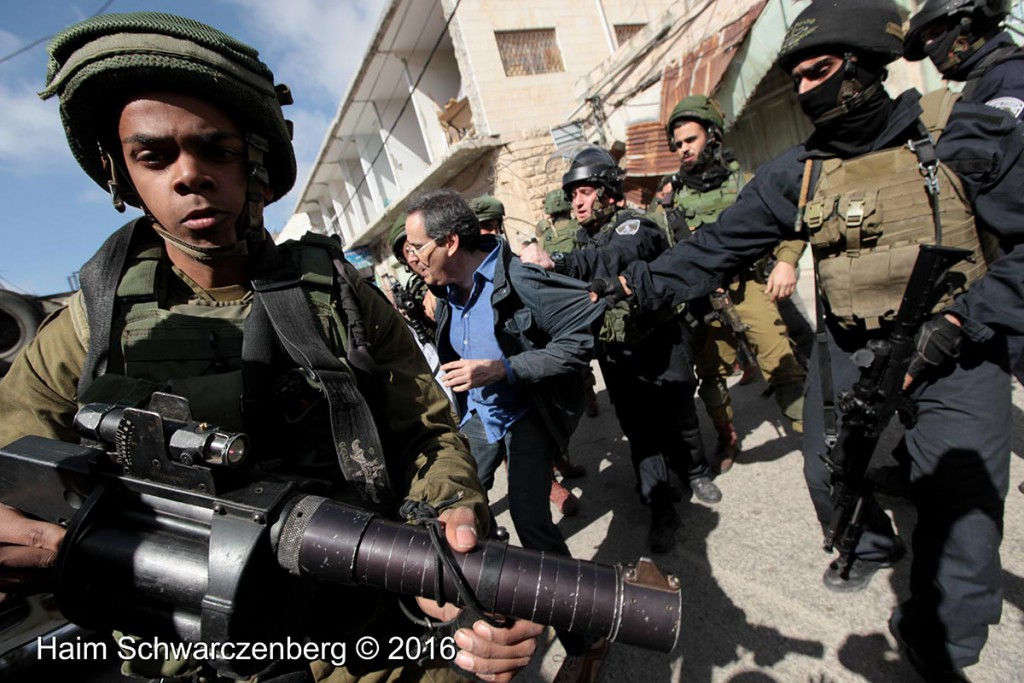 Protest in Hebron: Dismantle the Ghetto! Settlers leave Hebron! 20/02/2016 | IMG_2095